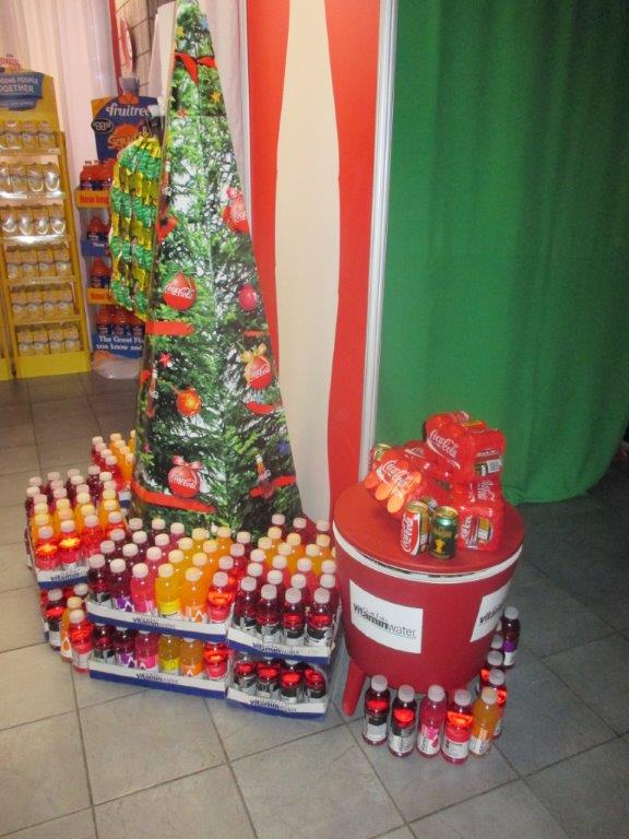 Coca cola at the shoprite christmas expo 2015 for Home decor expo 2015